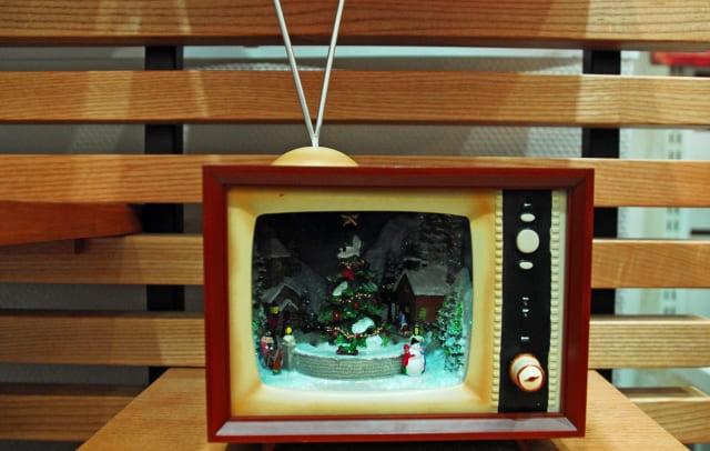 脱・テレビ漬け! 子どもにテレビを見せないようにする方法。